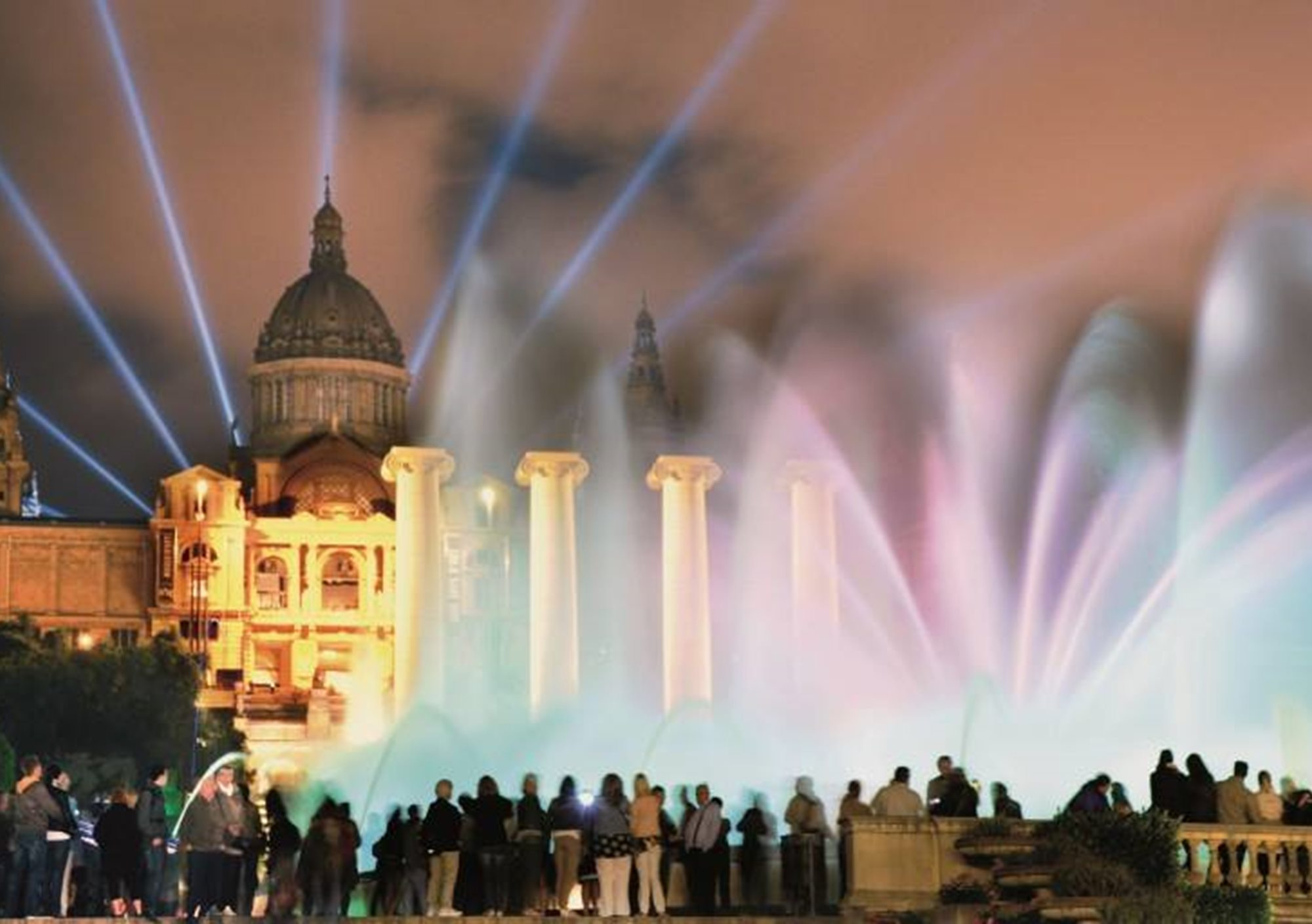 booking online Barcelona Bright Lights Night Bike Tours visits
