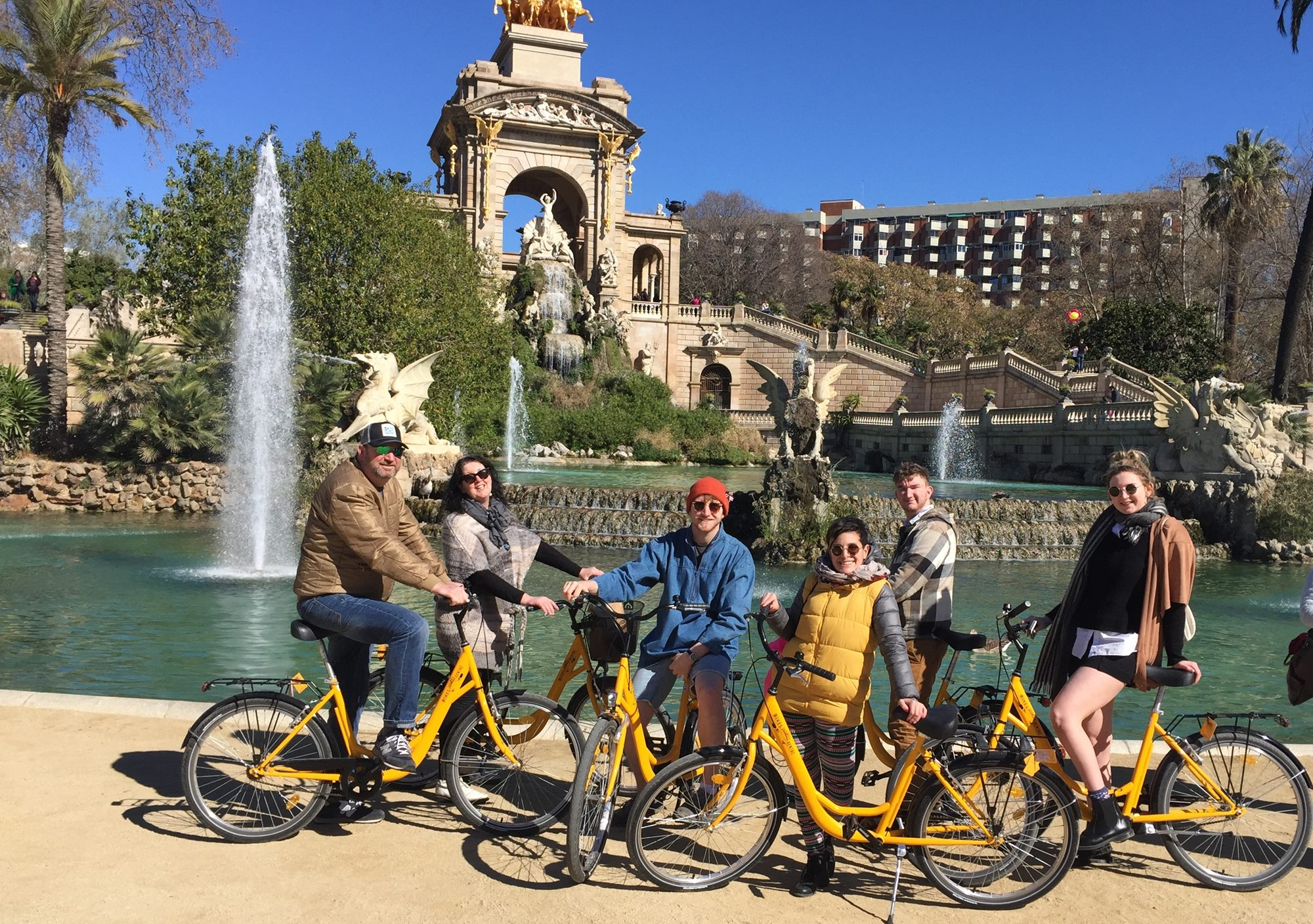 reserve hire online Private Bike Tours visits in Barcelona
